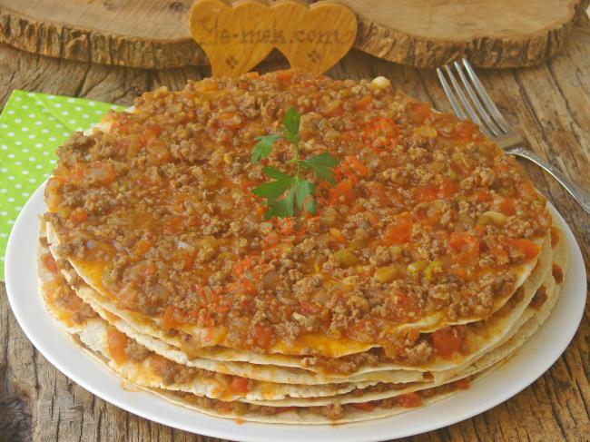 Gerçek Bir Ziyafet Yemeği (Hazır Lavaş İle Yapması Çok Kolay) : Kayseri Yağlaması