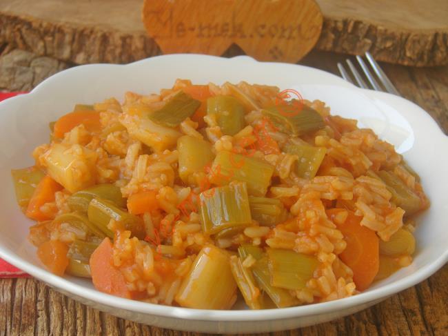 Yapıldı mı Kim Sevmez : Pirinçli Pırasa Yemeği
