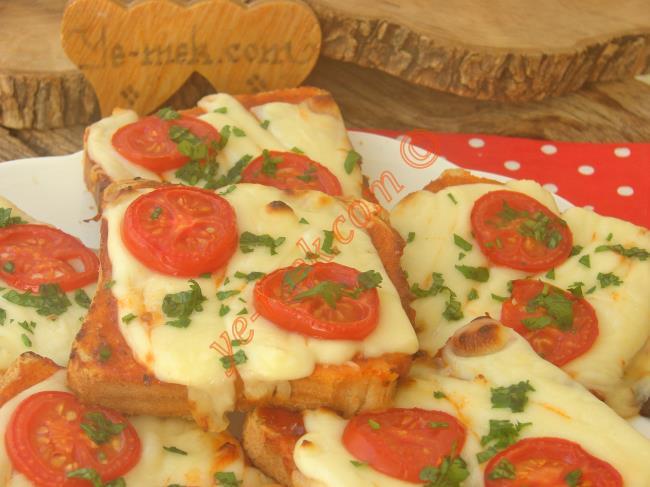 Kahvaltıda Bir Bu Olsun Yeter, 10 Dakika da Sofrada : Porsiyonluk Ekmek Pizzası
