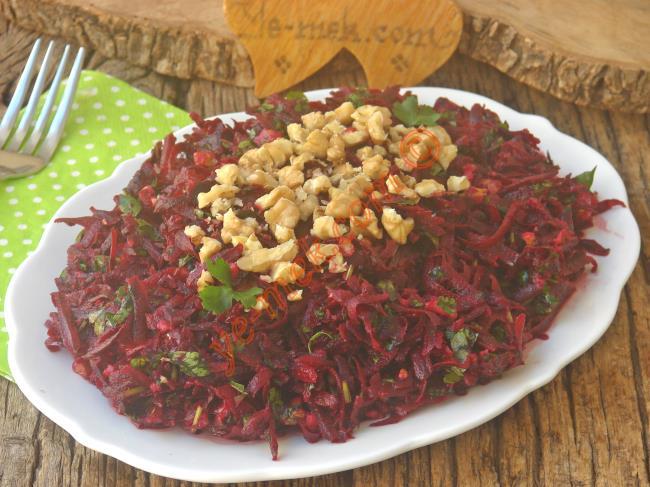 çiğ Pancar Salatası Tarifi Nasıl Yapılır Resimli Yemek Tarifleri