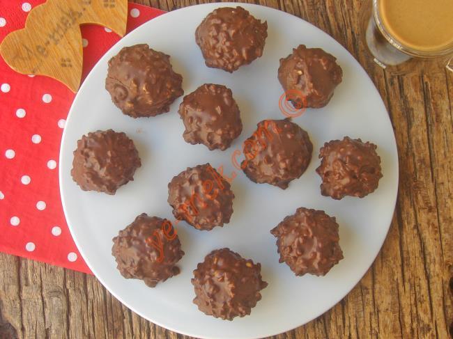 Bu Eşsiz Çikolatayı 10 Dakikada Evde Kendiniz Yapın : Ferrero Çikolata