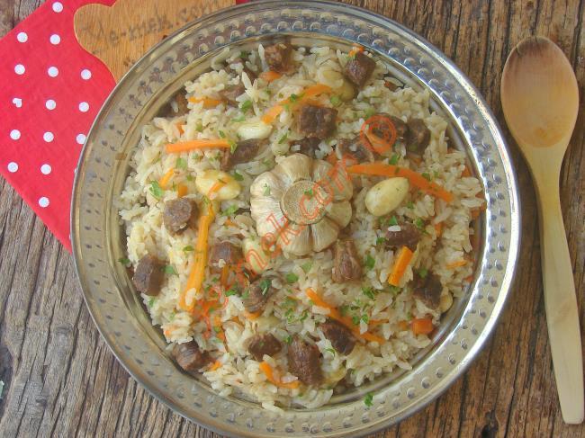 Bu Pilav Varken Ana Yemeğe Bile Gerek Yok : Özbek Pilavı