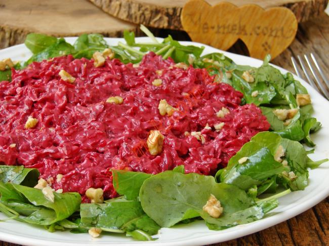Bir Salata Bu Kadar mı Lezzetli Olur : Rokalı Pancar Salatası