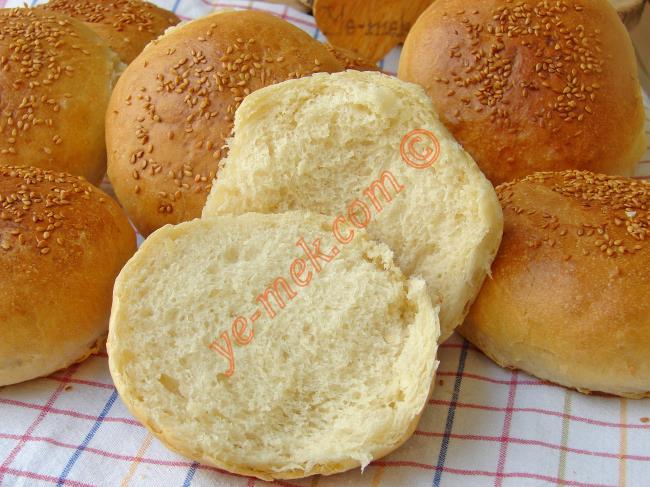 Bu Tarifi Yapıp da Beğenmeyen Çıkmaz : Gerçek Hamburger Ekmeği
