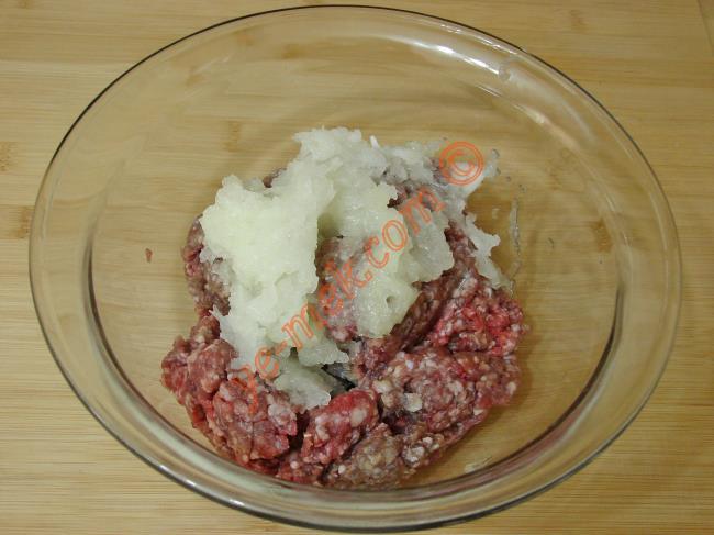 Köfteli Patates Dizmesi - Yapılışı (2/16)