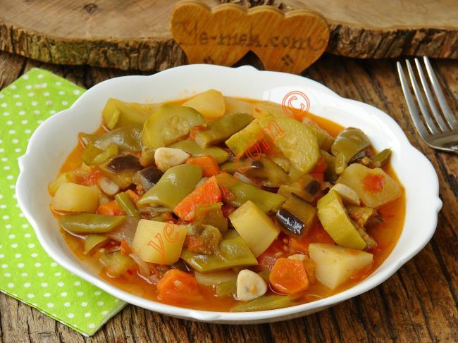 Tadı Damağınızda Kalacak En Leziz Sebze Yemeği : Türlü
