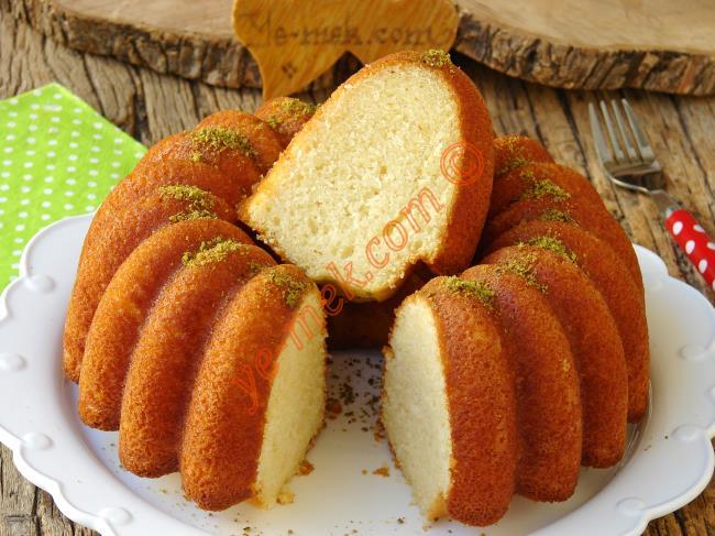 Enfes Aroması İle Tadı Damağınızda Kalır : Muzlu Sütten Kek
