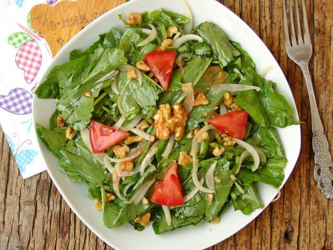 Mevsiminin En Güzel Salatası : Kuzukulağı Salatası