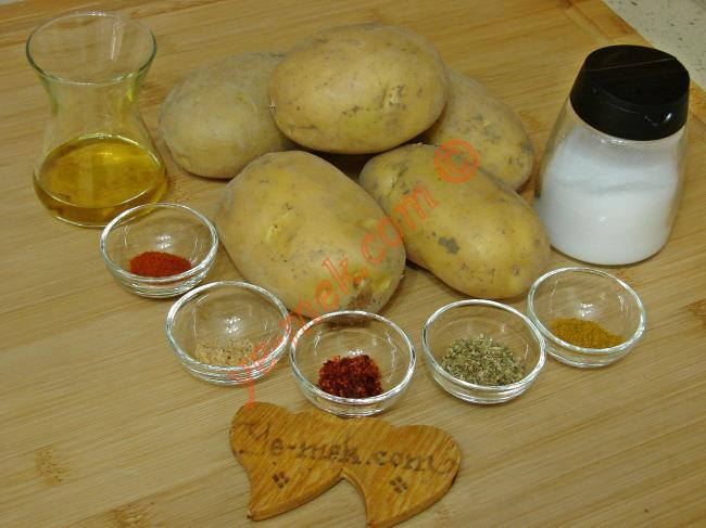 Baharatlı Patates Salatası - Yapılışı (1/8)
