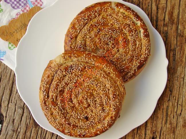 Yumuşacık Tahinli Çörek