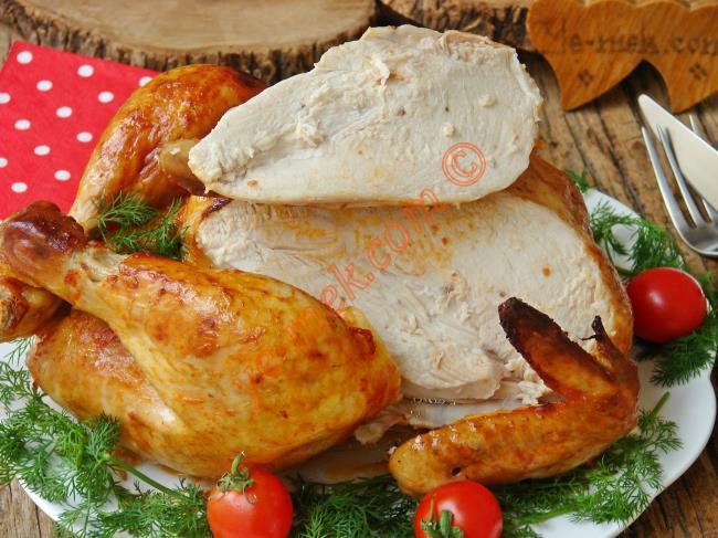 Eti Lokum Gibi, Üstü Nar Gibi Kızarmış : Fırın Poşetinde Bütün Tavuk