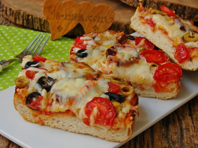 Yapıldığı Gibi Kapış Kapış Giden Lezzet : Karışık Ekmek Pizzası