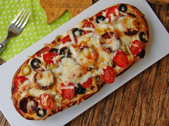 Karışık Ekmek Pizzası