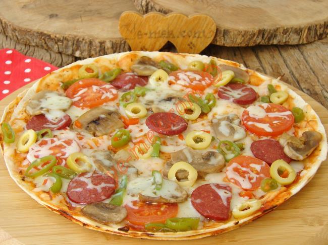 Kolay Pizza Tarifleri