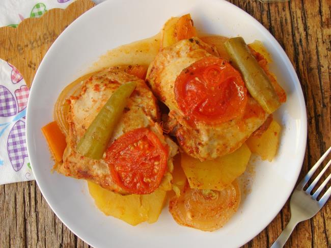 Lokum Gibi Etleri İle Nefis Bir Yemek : Tencerede Tavuk Pirzola