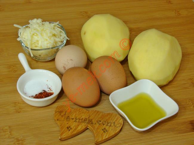 Fırında Patatesli Yumurta - Yapılışı (1/16)