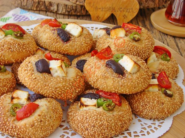 Mayasız Simit Pizza