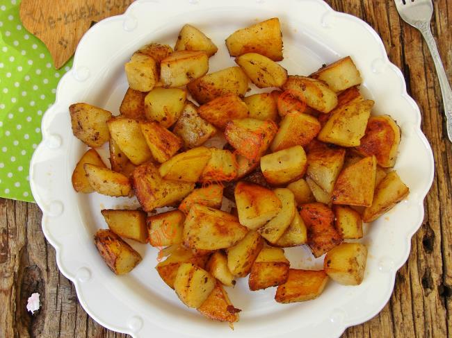 Artık Kızartmak Yerine Hep Böyle Yapacaksınız : Patates Sote
