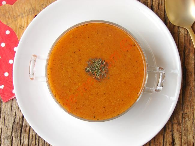 Bu Çorbanın En Lezzetlisi Böyle Yapılır : Tarhana Çorbası