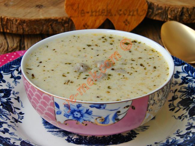 Köfteli Yayla Çorbası
