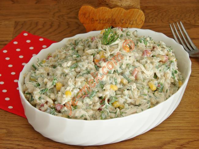 Tavuklu Buğday Salatası