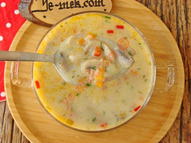 Görüntüsü Ve Lezzeti İle Muhteşem : Sebzeli Mantar Çorbası